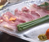 料理長が選りすぐった旬の傑作食材を使用